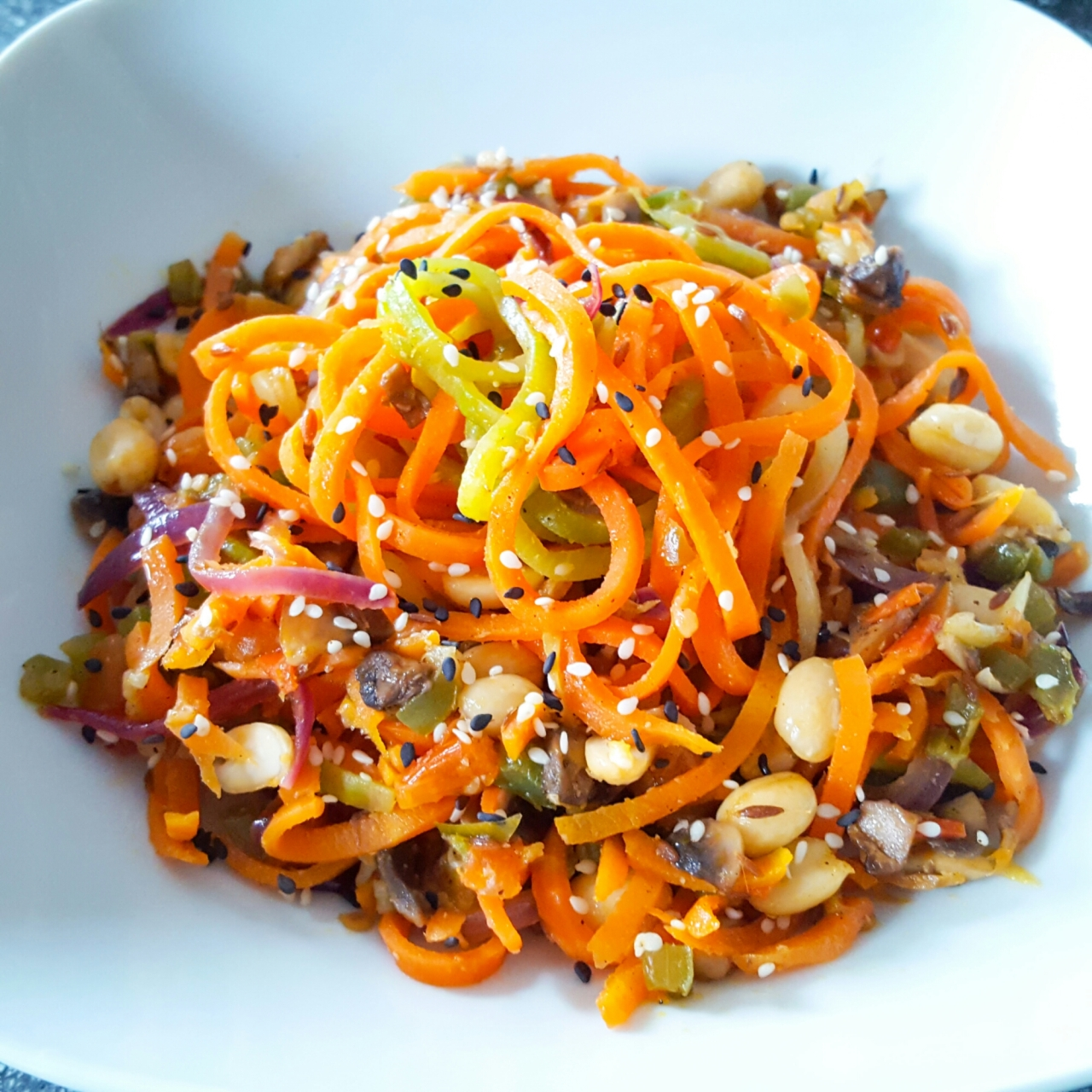 Stir-fry zoodles and caroodles!